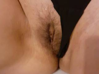 Hairy wet pussy play