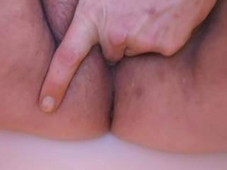 Wife fingering herself
