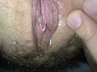 That's one juicy pussy looks like it would be a nice wet ride