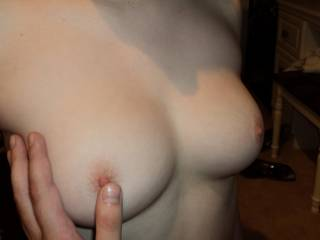 love to spread my com over those perfect tits