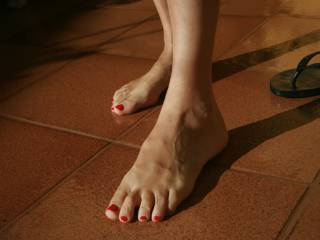 Beautiful!!! All I ask is to worship your feet! Plus you'll get a really good foot massage!