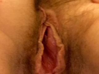 now that's a pussy I would so love to eat.  licking your juiciness from your lush lips.  sucking those fat lips as my tongue flicks your hard clit till your juices drip out. mmmm