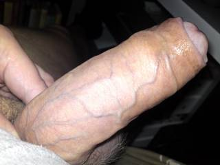 Peel it back Baby !!!...Expose that Beautiful Cockhead...;~)