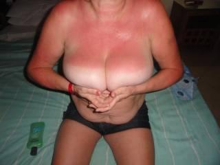wifes big boobs on holidy