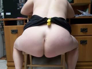 mmmmmmmmmmmmmmmmmm great ass....love those cheeks