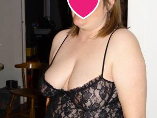 Wife looking hot  ready to have her pussy eaten and to be fucked. Comments, suggestions and tributes welcome.