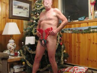 Just setting up the tree and felt a little bit horny. What do you think is this wrapped the way you want it.