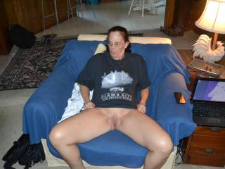 You look beautifull there honey, make my cock very hard. I would love to go over you and put my hard cock between your legs