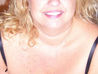 LOOKING TO ARRANGE SMALL, SELECTIVE GANGBANG/BUKKAKEs -SEE PROFILE BELOW FOR SCENARIO  Jane loves being used by guys,girls and especially groups whilst her partner watches/takes pics etc.   Loves her huge 44ff tits covered in hot spunk   Looking for