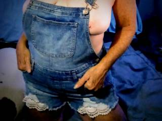 Hubby loves when I wear my overalls out, care to join us ?