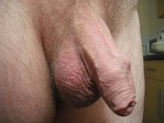 Oh wow, what an absolutely gorgeous cock ... and such a sexy foreskin overhang too !!!. I can't help thinking about how lovely it would be to feel your thick, veined meat hardening in my mouth.