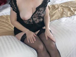 Love the outfit and those sexy stockings. How about opening those sexy legs and show us your magnificent hairy kitty!! I'm stroking now honey...