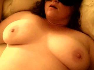 love the way her pussy swallows that vibe