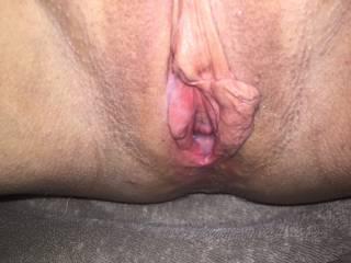 Love to suck on those juicy cunt lips. Mmmmmmmm