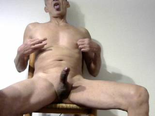 Horny mature cumslut waiting to be used in a group sex