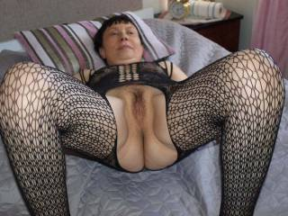 Mature Mrs M spreads her pussy so I can eat her before screwing her in her bedroom