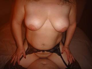 Mmmmm would love you on my cock. Hotttt body. Wish I was local..there is nothing I would not do with her sexxy ass. Would travel for her to take my big hott load