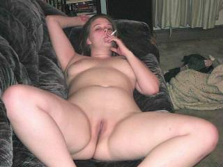 my kinda sexy hottie! nice spread by the way! i would love to cum play with you!