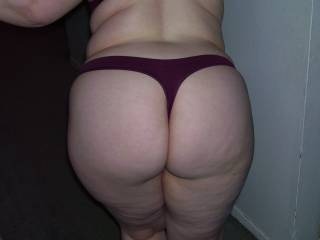 Lupo\'s wife and her stellar round ass saying hello to me one night I visited her house for a play date