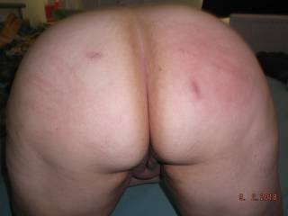 Morning of fun with bed buddy given a few arse slaps