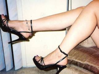 You can tease me all you like hun xx And what a tease...I am rock hard admiring your sexy feet xxxxx