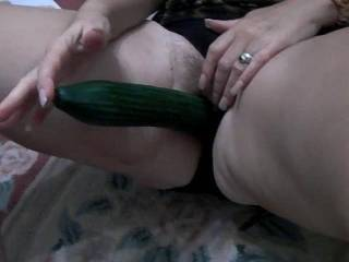 God she is one hello of a horny lady..would love to have a night in a hotel room with her..unbelievable x