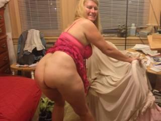 Her fine ass teasing