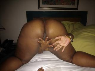 ebony bbw bends over getting ready for some fun