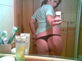 WOW! U've got a stunnin ass and gorgeous tits....ur one sexy woman!!! ;O)