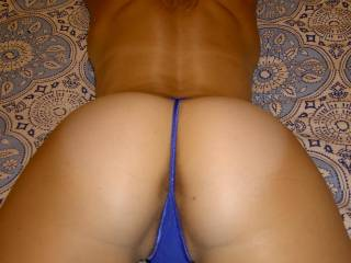 LOVE the VIEW got my VOTE, love to remove your thongs with my TEETH & give your pussy n ass my TOUNGUE COCK N CUM