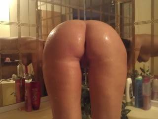 I think its a wonderful pic, would love to slide my cock in her pussy.....