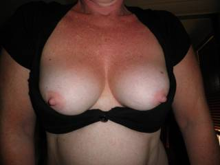amazing set of tits, love to see them bounce while u ride my cock