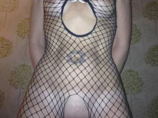 You look incredibly sexy with this fishnets dress! Wow, i'm really impressed of your tight and athletic body!