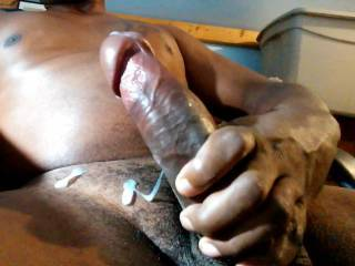 Feed my pussy with that load,but first give me the gift of a great and pleasurable fuck