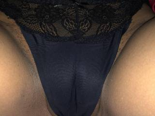 hot slut from madagascar posing in a thong