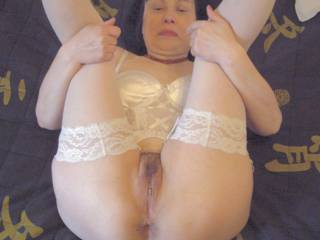 Showing her pussy for me and for you. You like??