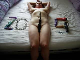 emm that is hot and I love all those toys...gives me a few ideas....