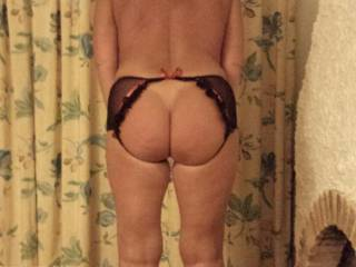 showing butt in sexy panty