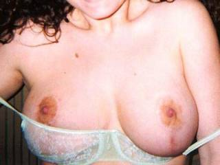 sexy big hot titties... I would luv to cum all over them