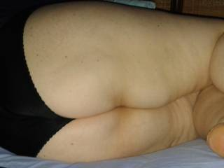 fat wife show big and horny ass