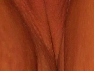 That is a very pretty smooth slit !! Could use a splash of hot cum to be sure !! Stay seXXXy