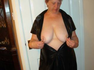 Just love her amazing big tits, you could have a lot of fun playing with those beauties.