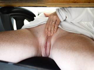 I would love too be licking that beautiful pussy