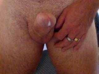 yum, yum, shame u got to waste all that juice. would love it inside my wet pussy.