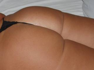 lots of ass... what do you think about those big round buns?