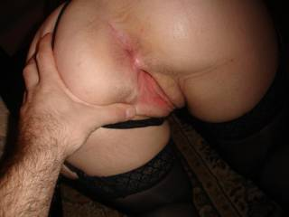 a wet pussy is a happy one! And wifeys'got it going on with that fresh hot snapper!