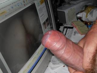 love to see your cock on my pic like this one