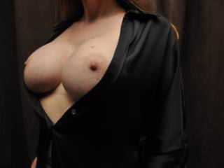I want to do both over and over again....  I would love to suck on those nipples and breasts, slide my cock between them pushing it in and out of that sexy cleavage, only to finish off coating them with my hot cum...
