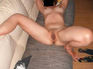 I would love to bury my face in your sweet delicious looking pussy!!
