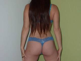 Wow sweetie, you have a hot body, great ass, sexy lege and I love your long dark hair. Ummmm your looking good from the back, can't wait to see you from the front.  G
